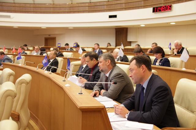 Двадцать седьмое заседание законодательного собрания 03 декабря 2013 годаверсия для печати